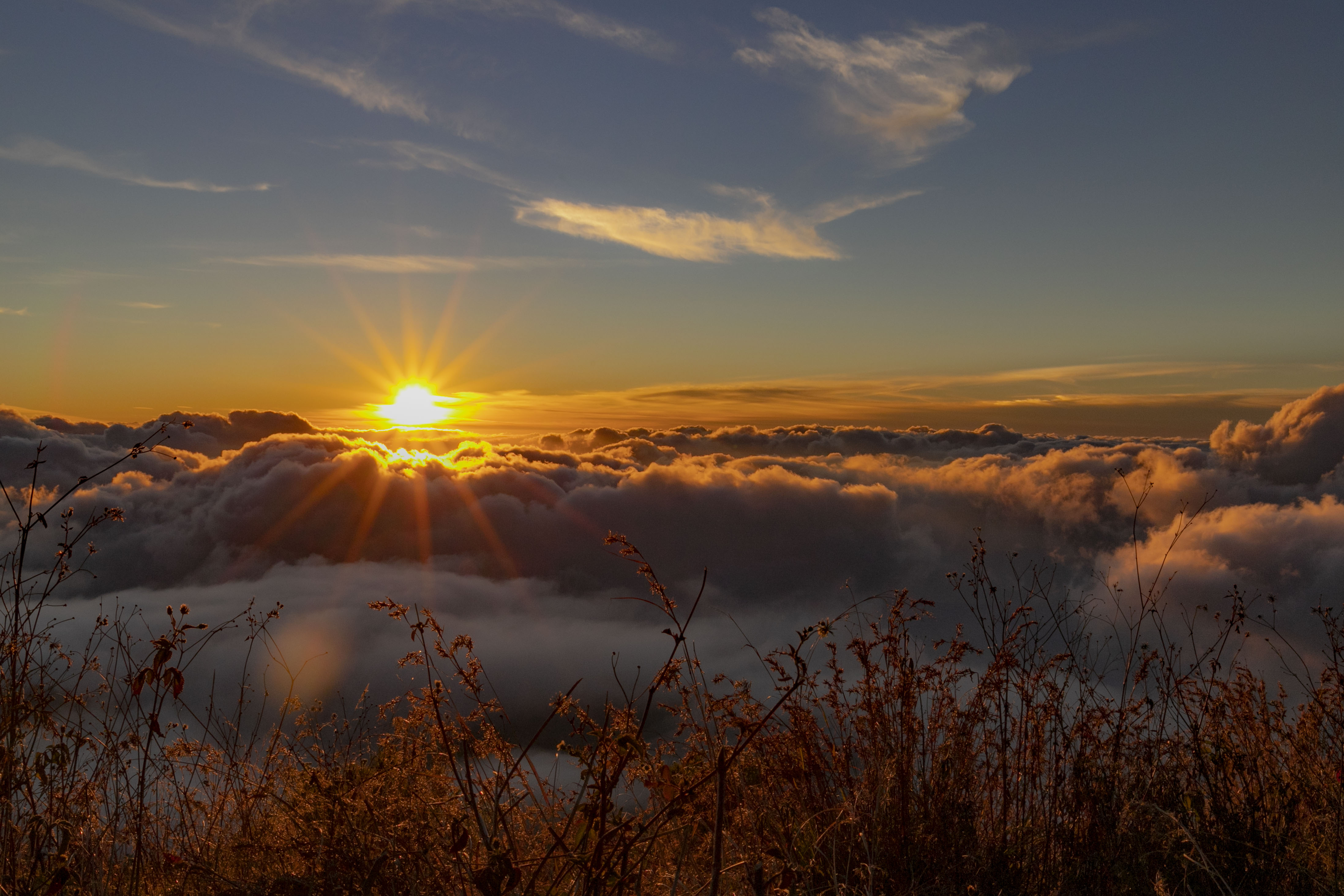 Beloning na een zware beklimming, zonsonderdag Rinjani